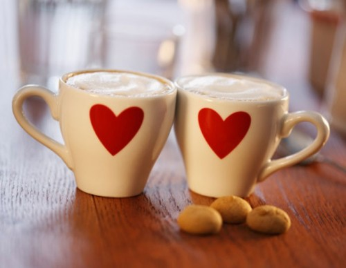 Date - two cups with hearts